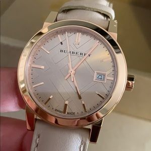 BURBERRY BRAND NEW WATCH